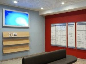 EVKB Hauptwegweiser Interior Beschilerungssystem Digital