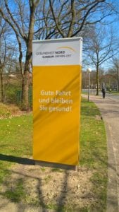 Klinikum Bremen Ost Monolith Exterior Zielinformation