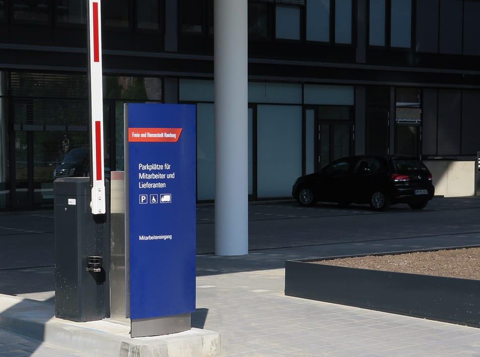 Leadway August Prien Finanzbehörde Hamburg Monolith vs Orientierungssystem