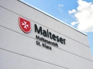 Malteser Exterior Fassadenbeschriftung