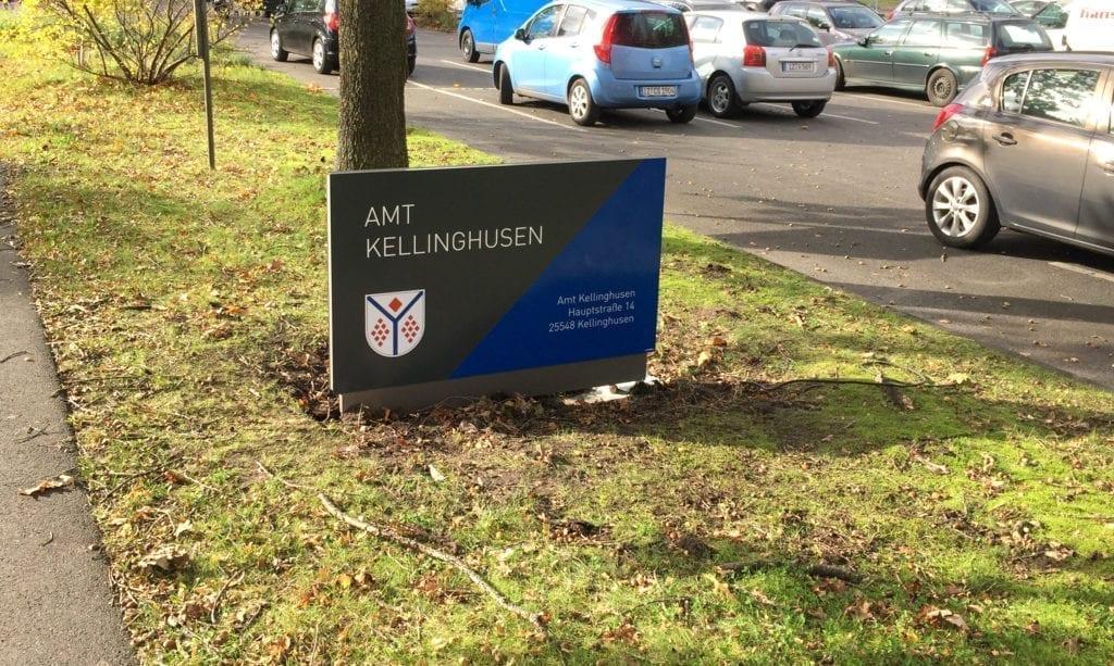 Amt Kellinghusen Monolith Wegeführung