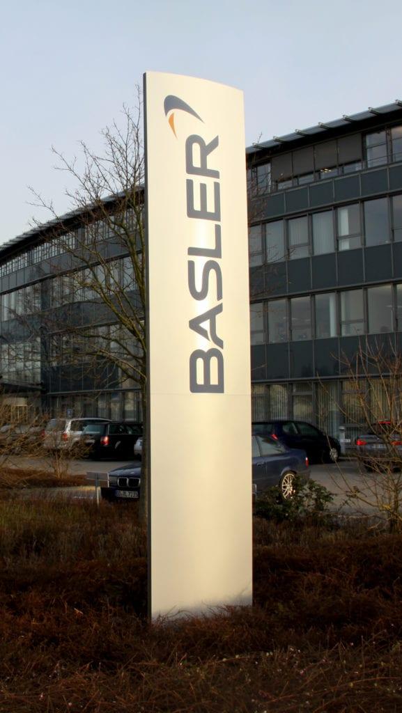 Basler Außenmonolith Pylon Modulex Pacific