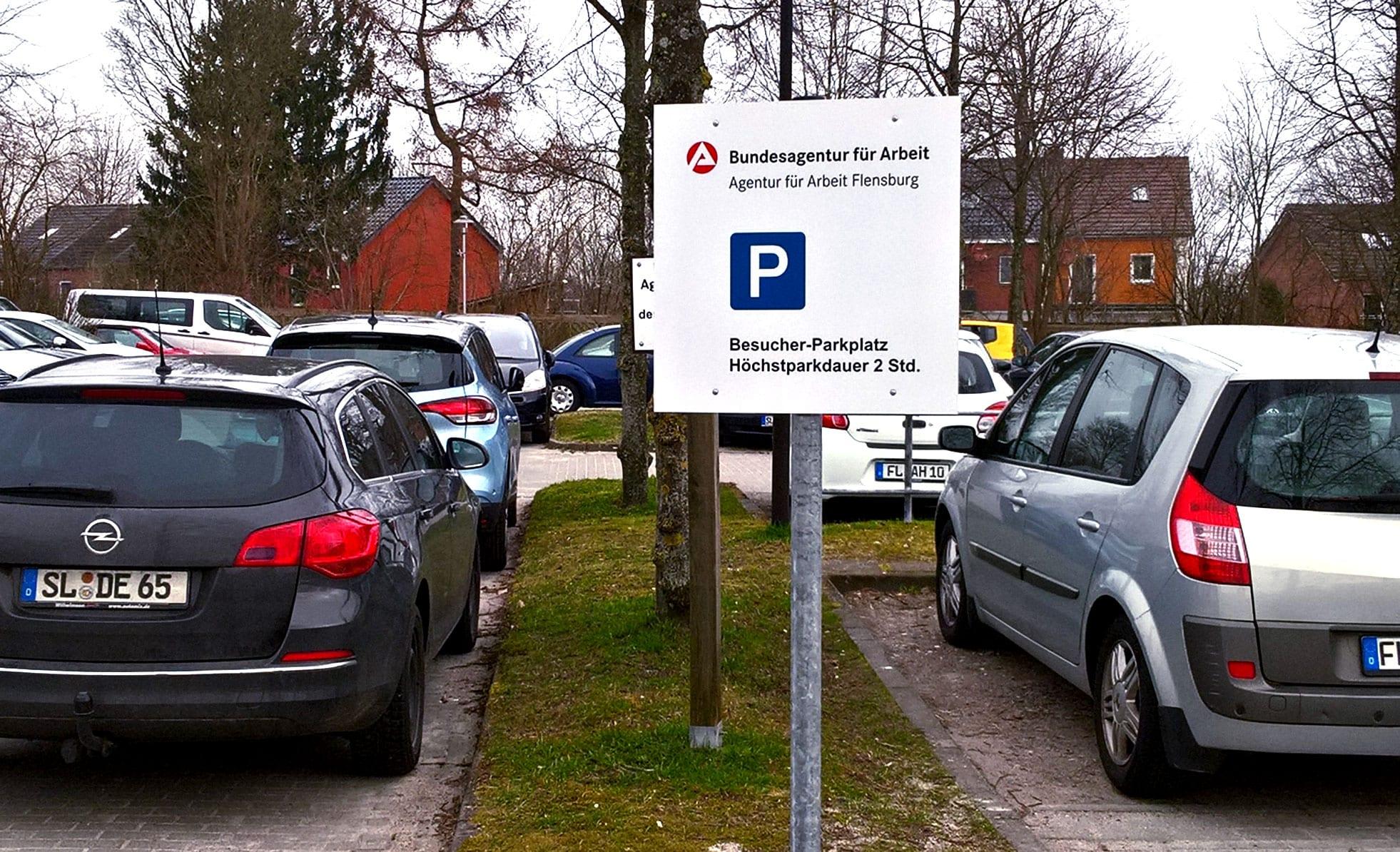 Bundesagentur für Arbeit Piktopaneel Parkplatz Beschilderungssystem
